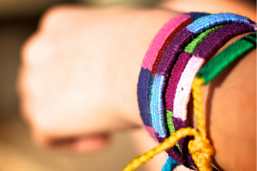 """How to Avoid The Most Common Travel Scams: """"Friendship"""" bracelets. Photo by PV KS"""